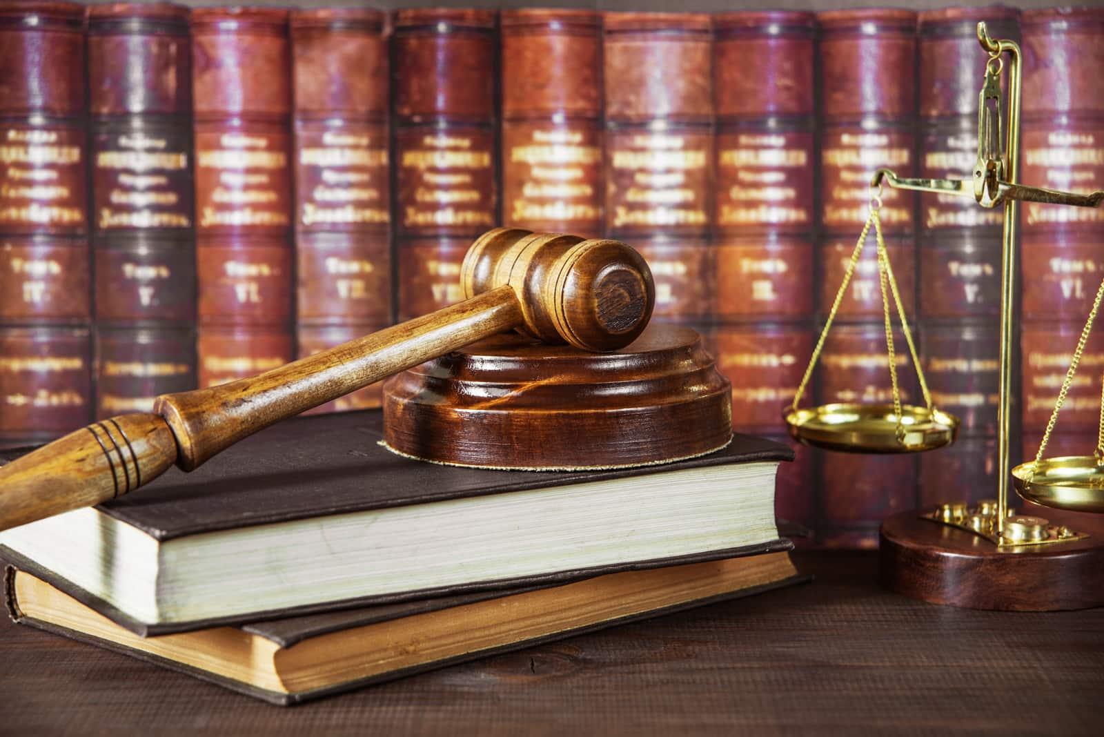 Contract Law And Economic Development