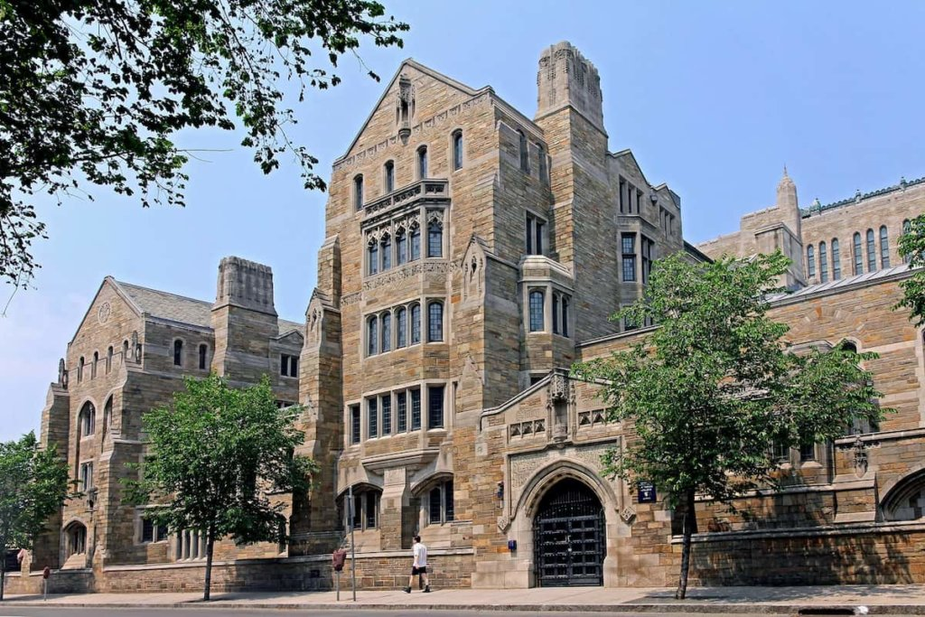 How Hard is it to get into Law School