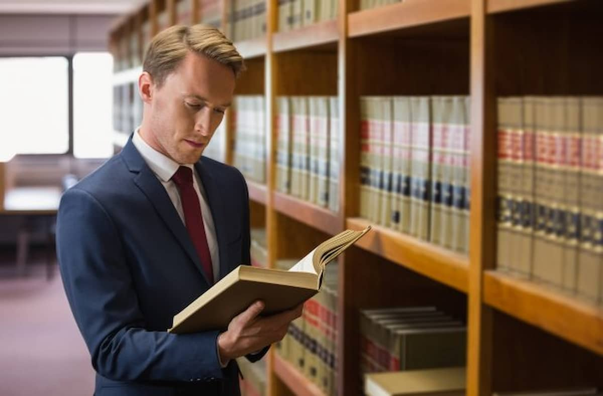 What is important when choosing a law school