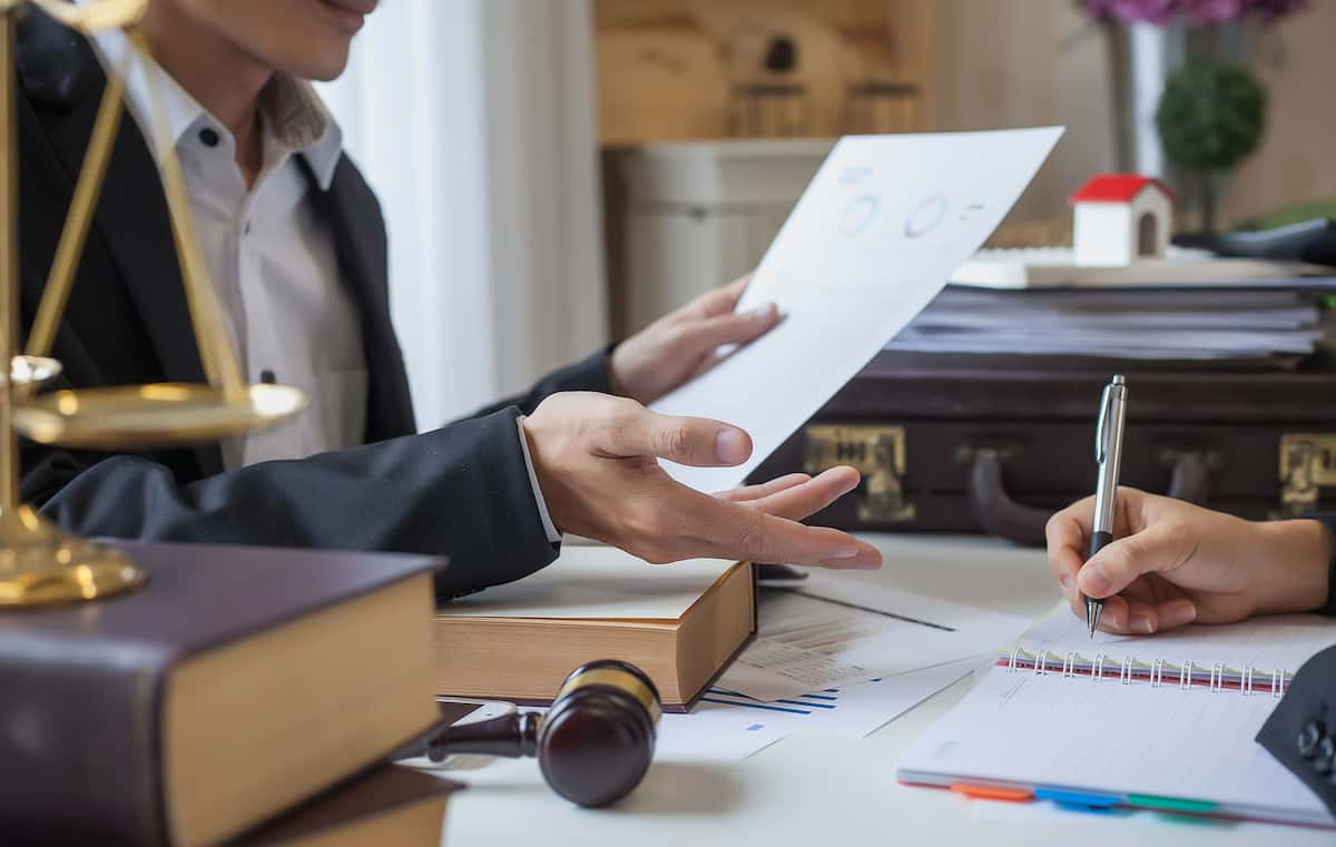 engineering patent lawyer salary