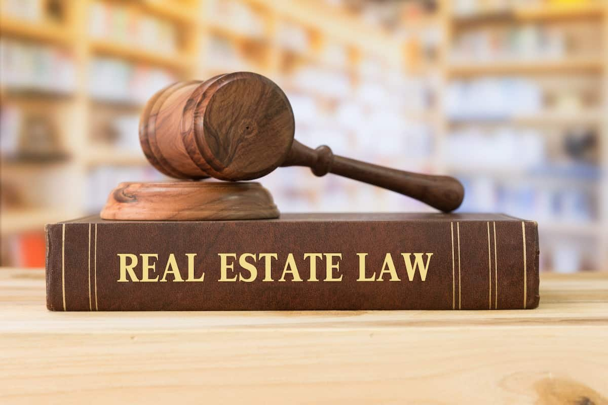 is wholesaling real estate legal